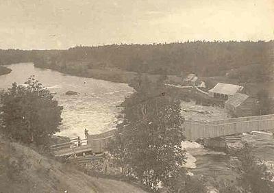 Pont près du moulin Boyce, v. 1890 / Bridge near Boyce's Mill, c.1890