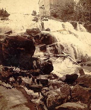 Les chutes Mason et moulin / Mason Falls and Mill (1898)