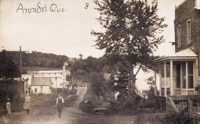 Centreville, Arundel, vers 1915 / Downtown Arundel, c.1915