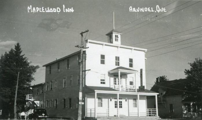 Arundel -- Auberge Maplewood, vers 1950 / Maplewood Inn, c.1950