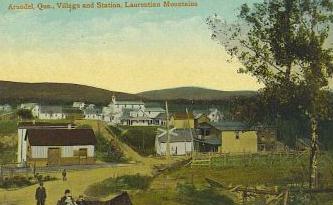 Village et gare / Village and railway station