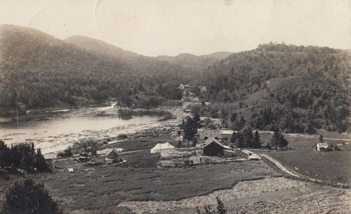 Chute Bells, Rivière Rouge (près de Kilmar / Bell Falls, Rouge River (near Kilmar), 1915