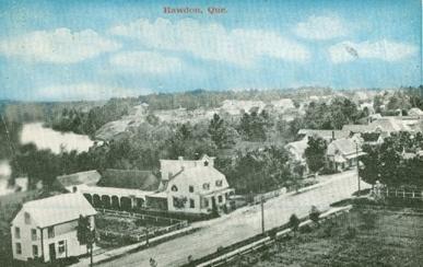 Le village, v.1910 / The village, c.1910