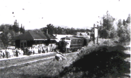 Platform, Morin Heights Station, c.1950s. (Photo - courtesy of MHHA)