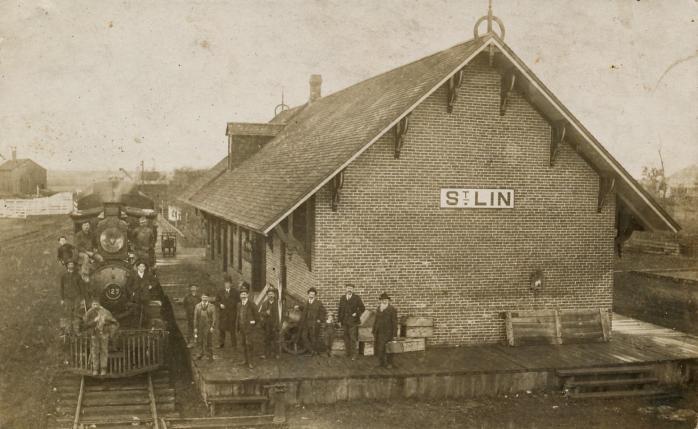 Gare de St-Lin, vers 1915. / Train station, St-Lin, c.1915.