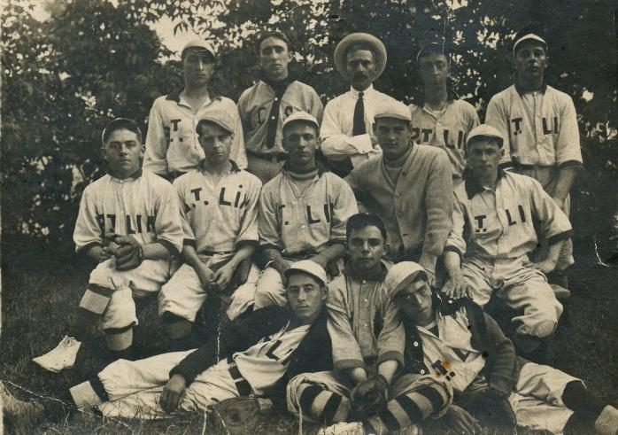 Équipe de baseball / Baseball team, Saint-Lin
